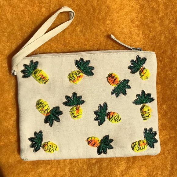 Circus by Sam Edelman Handbags - Circus by Sam Edelman Pia Pineapple Clutch Bag